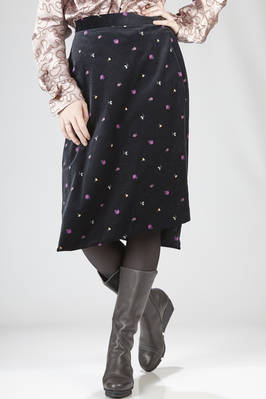 Calf-lenght skirt in wool smooth velvet with floral print  - 267