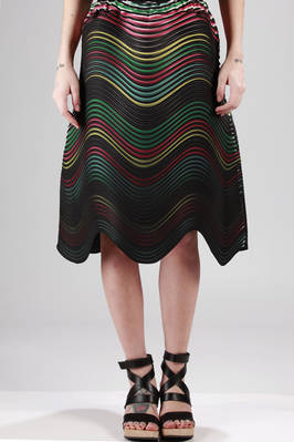 wide skirt made with the new polyester pleating 'Baked Stretch' with horizontal multicolour waves stripes  - 47