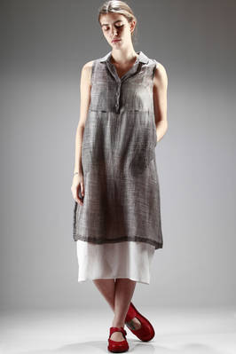 calf-length dress in silk and cotton canvas with a tye-dye dyeing with irregular and dense dots  - 284