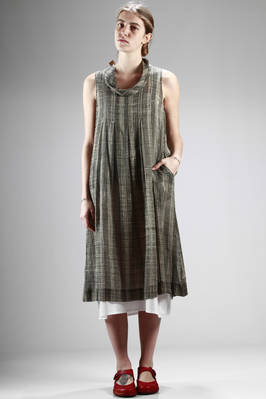 calf-length dress in very light cotton canvas with irregular grid pattern  - 284