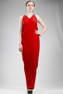 long and slim fitted dress in silk and acetate crêpe  - 120