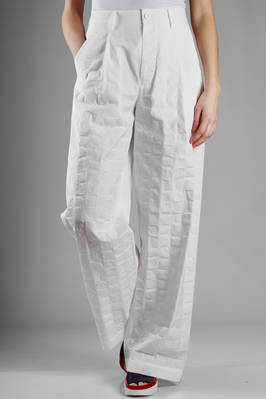 wide trousers in cotton cloth with tone on ton full and empty squares texture  - 47