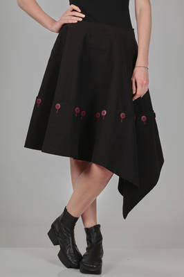 knee-length skirt, asymmetrical, in cotton canvas with buttons in contrasting colour  - 73