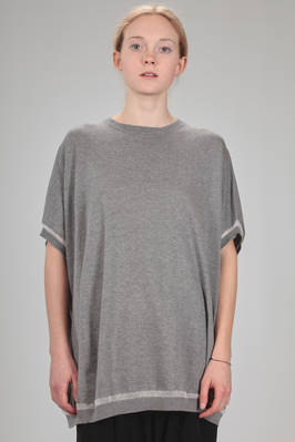 oversized t-shirt in stockinette stitch of cotton, viscose, polyamide and melange cashmere  - 97