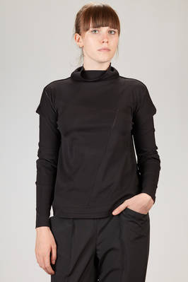 132 5. Issey Miyake – a-poc t-shirt in light nylon, polyester and polyurethane jersey  - 47