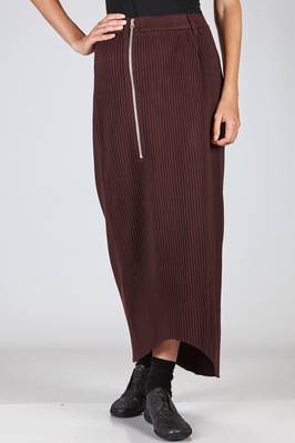 long and symmetrical skirt in polyester flannel with vertical reeds  - 121