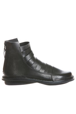 MATE ankle boot in soft cowhide leather with horizontal cuts  - 51