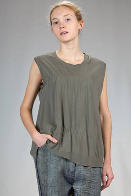 hip length tank top in very light cotton stockinette stitch  - 227
