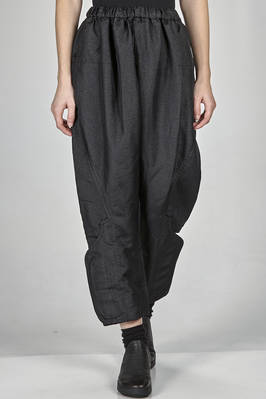 wide trousers in shinny and washed techno fabric of polyester  - 48
