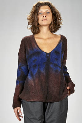 long and wide sweater in very soft cashmere and polyamide knitting all shaded  - 360