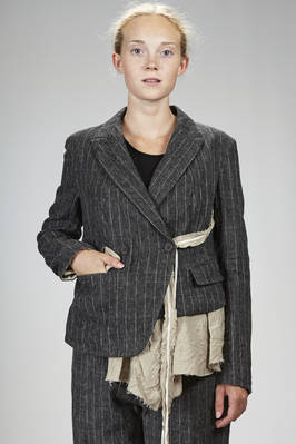 hip length jacket in linen, wool, silk and nylon pinstripe with shantung effect, lined with linen, silk and washed cotton canvas  - 161