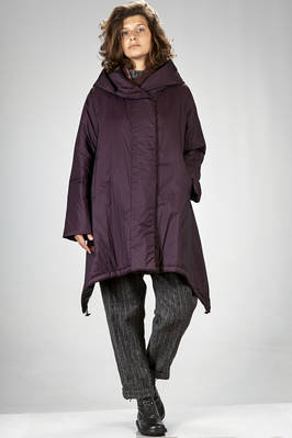 knee length padded coat in waterproof nylon canvas, padded with recycled down feather pressed with polyester  - 355