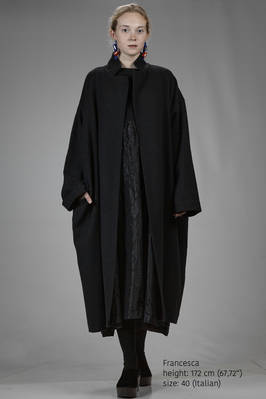 long and wide coat in barbed wool  - 195