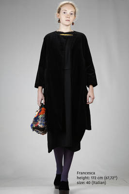 wide calf length coat in washed cotton smooth velvet  - 195